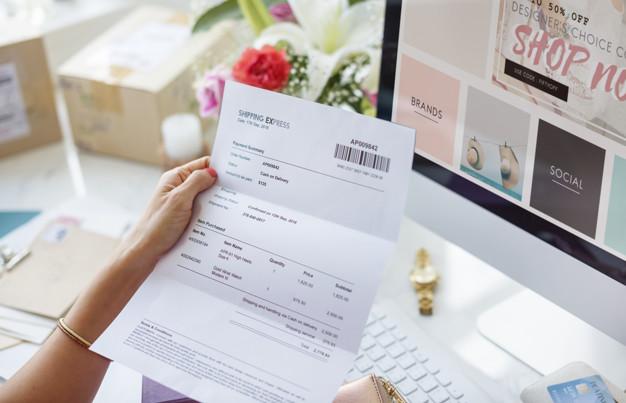 صورت حساب کاغذی برای آزاد کار