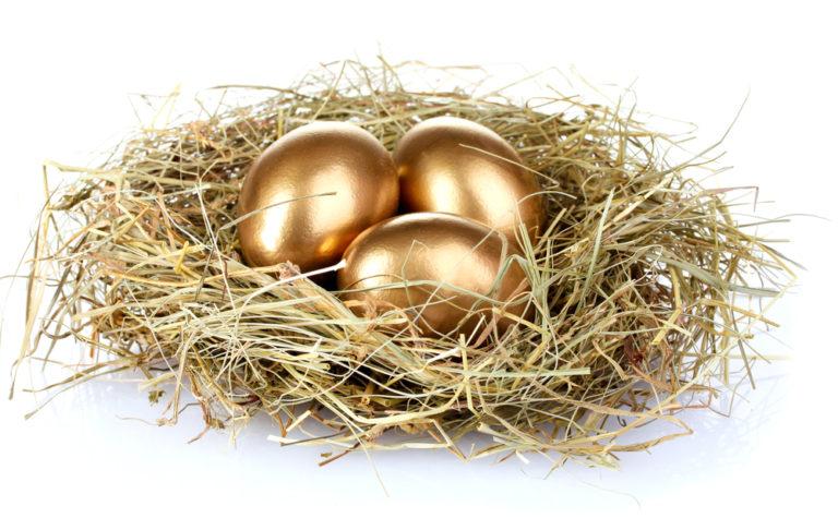 یک محتوای طلایی شبیه تخم مرغ طلایی